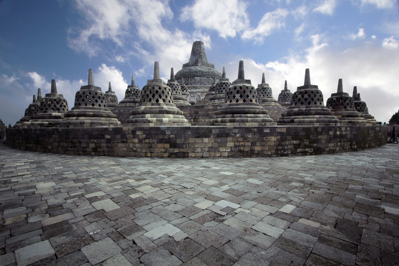 10 Tempat Wisata di Jogja yang Wajib Dikunjungi